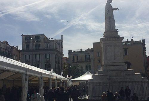Da domani a domenica a Napoli c'è Leguminosa: ecco tutti i cuochi che saranno in Piazza Dante