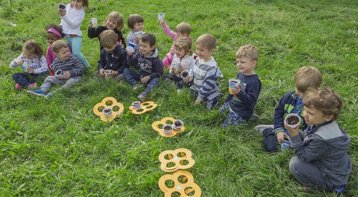 Carlo Petrini: l'importanza di educare alla cura degli orti urbani e scolastici