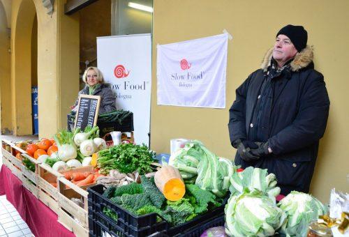 UN MERCATO CONTADINO SLOW FOOD DENTRO ALL'OSPEDALE SANT'ORSOLA DI BOLOGNA