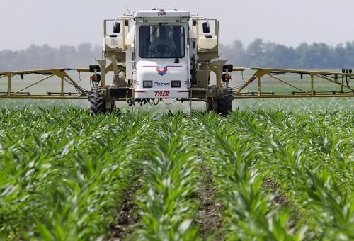 Monsanto sorvegliato speciale: il glifosato tra le sostanze probabilmente cancerogene