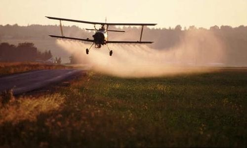 Nuove prove sul pericolo glifosato. È davvero così che vogliamo nutrire il pianeta?