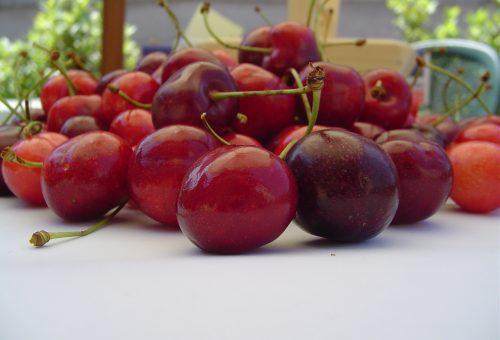 Tempi bui per la frutta di stagione