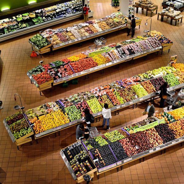 Istat, male i consumi alimentari