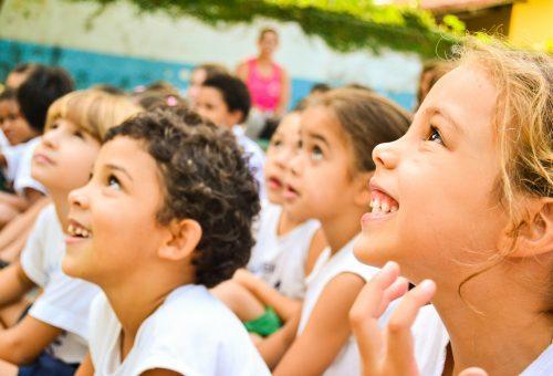 Educare i bambini al gusto, contro il deserto alimentare delle periferie