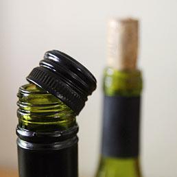 bottiglia-vino-tappo-vite-sughero-corbis--258x258