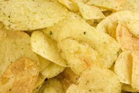 6062-close-up-of-potato-chips-pv