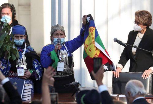 Elisa Loncón, indigena mapuche, guiderà la costruzione di un nuovo Cile
